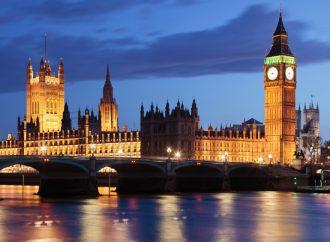 Le stage est mieux payé à Londres en finance qu'ailleurs